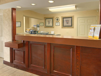 Days Inn - Greensboro Airport