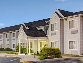 Microtel Inn - Burlington