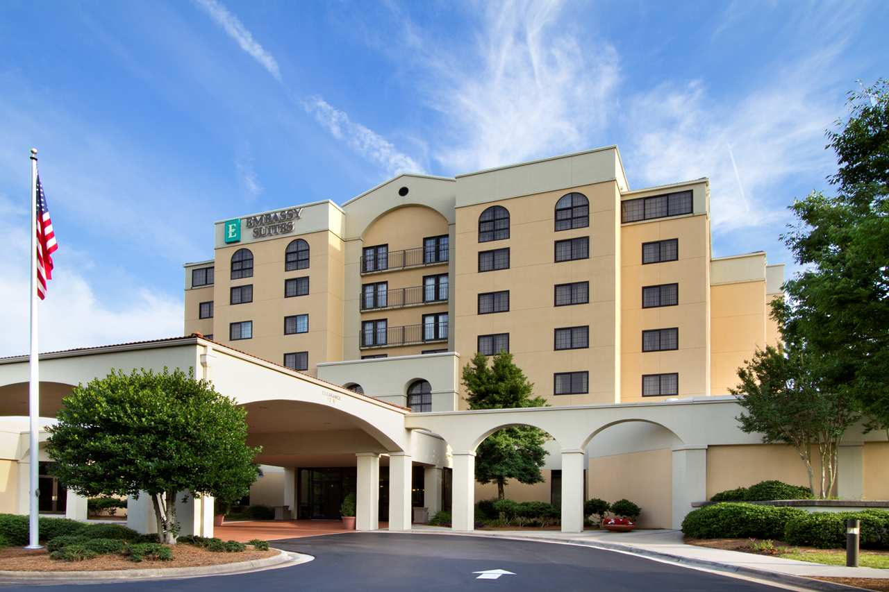 Embassy Suites - Greensboro Airport